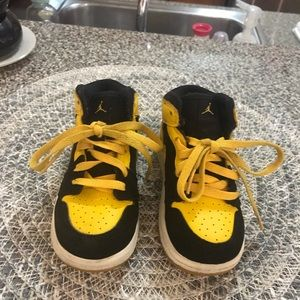 best service e40cb aa640 Toddler Jordan Ones